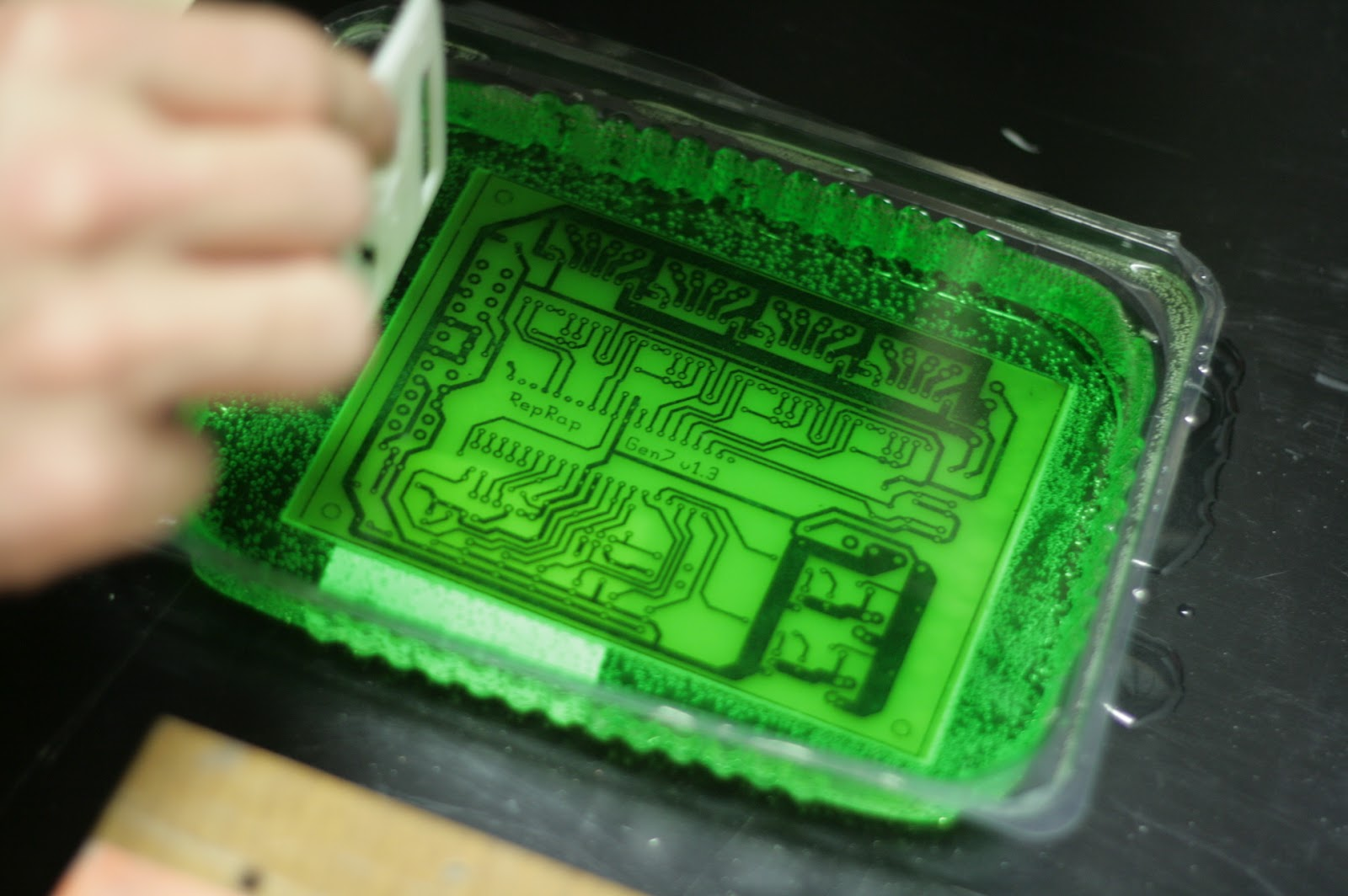 February 2012 Altlab Dit Creativity Aleatoric Blog Archive Circuitbending Tutorial Today