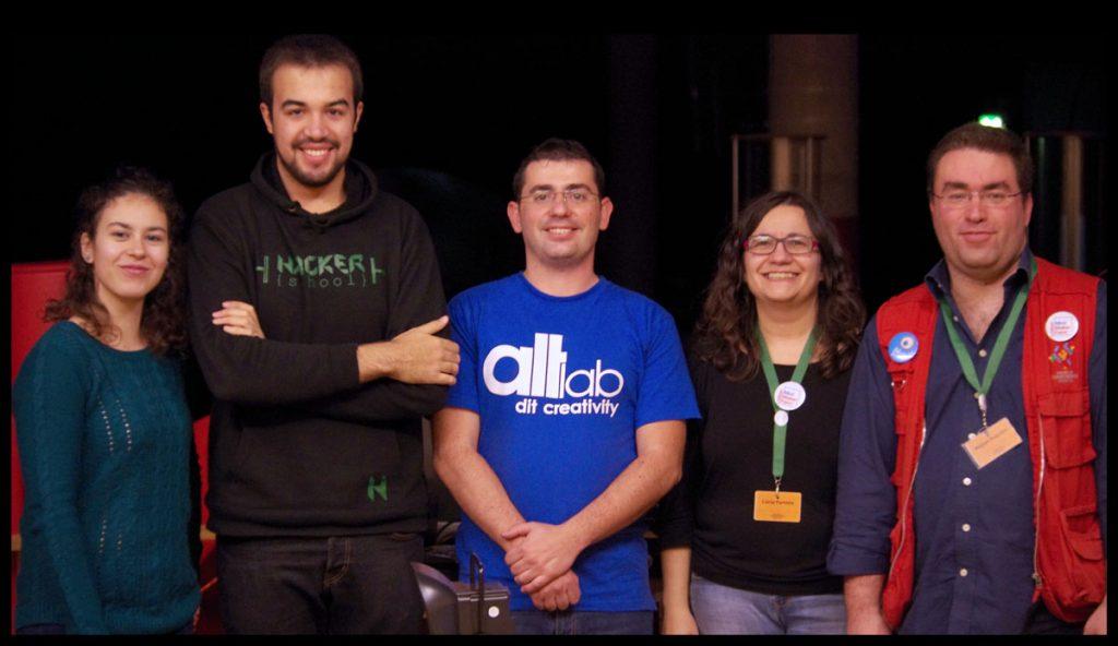 altlab-hackerschool-doing-junkchallenge-closing